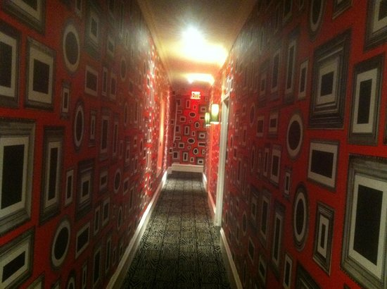 Moderne Hotel:                   one of the cool looking hallways