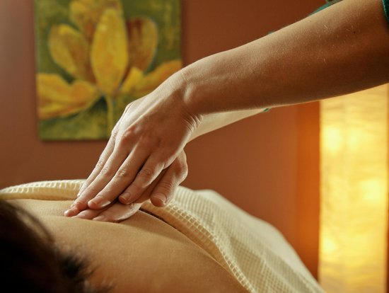 The Spa at The Lakehouse Inn: Enjoy a relaxing massage