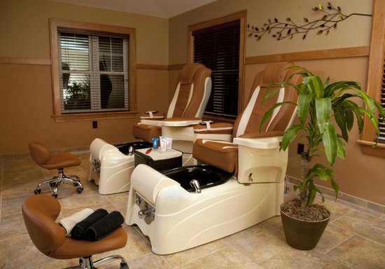 The Spa at The Lakehouse Inn: Pedicure Station