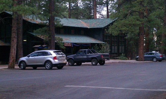 North Rim Campground:                   Campground general store
