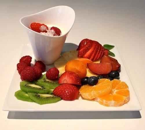 Etruria Townhouse B&B: Fruit Plate