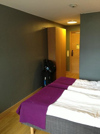 Scandic Europa Gothenburg:                   room                 