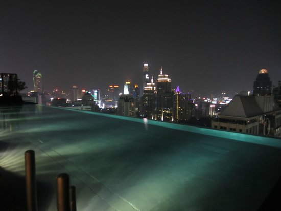 The Okura Prestige Bangkok:                   View from the swimming pool