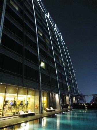 The Okura Prestige Bangkok:                   Hotel facade