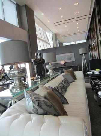 The Okura Prestige Bangkok:                   Lobby
