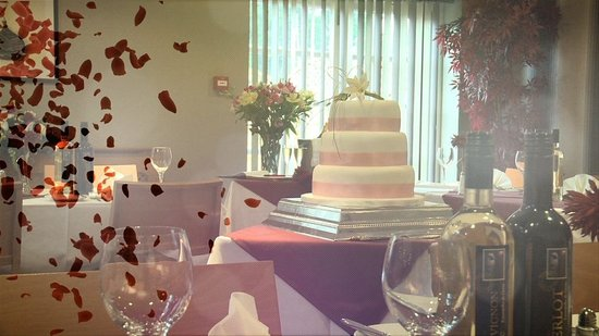The Britannia Inn: Luxury Taylormade Weddings