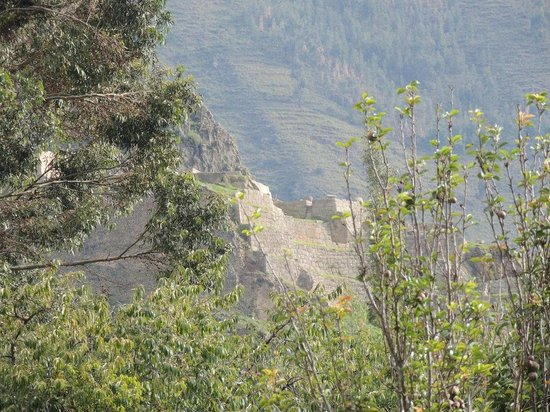 Ollantaytambo, Peru:                   Approaching the ruins