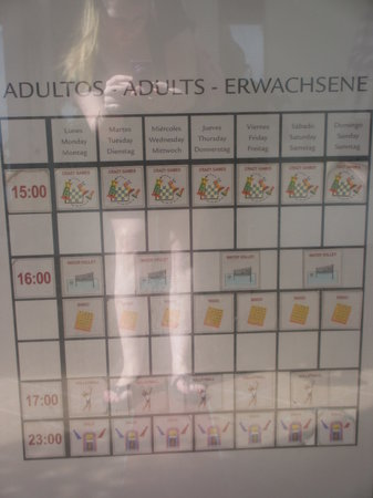 Hotel Riu Emerald Bay:                                                       Activity Calendar