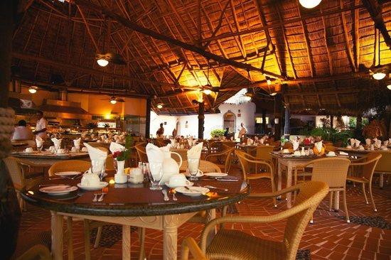 Fiesta Americana Puerto Vallarta All Inclusive & Spa: Dinner Restaurant