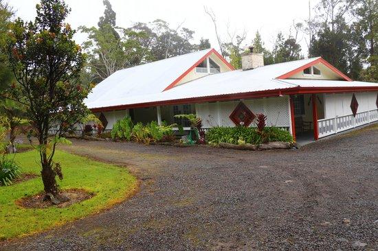 Lokahi Lodge:                   hotel