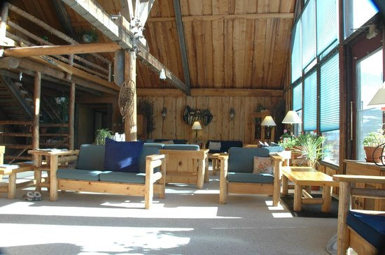 Woodspur Lodge:                   Gathering Place