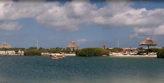 老鷹岩礁度假飯店照片