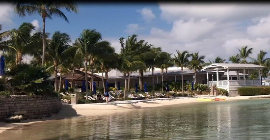 Hawks Cay Resort: The lagoon
