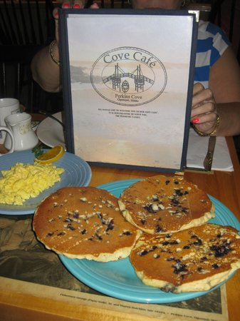 The yummy blueberry pancakes, Cove Cafe, Ogunquit, ME