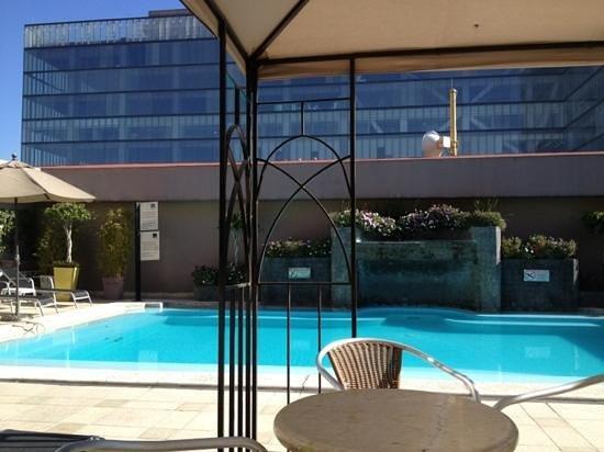 هوتل نوفوتيل ميكسيكو سيتي سانتا في: piscina