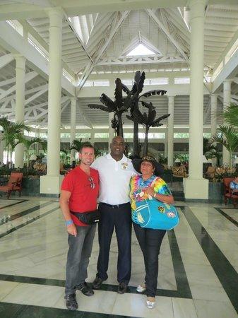 Grand Bahia Principe El Portillo :                   Lobby del hotel