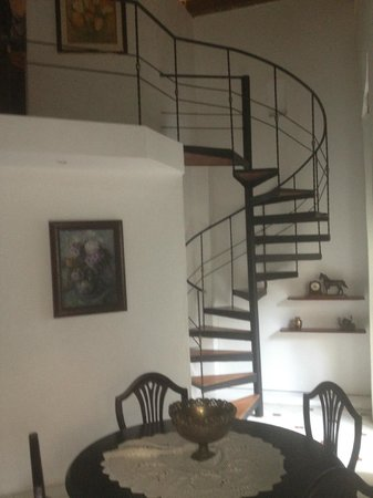 Alfiz Hotel :                   staircase to large bedroom of room eight