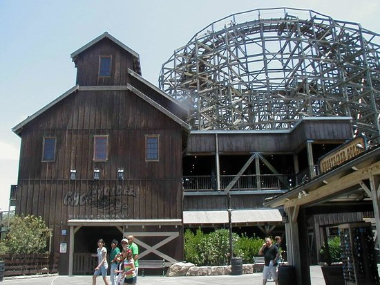 Knott's Berry Farm: Ghost Rider
