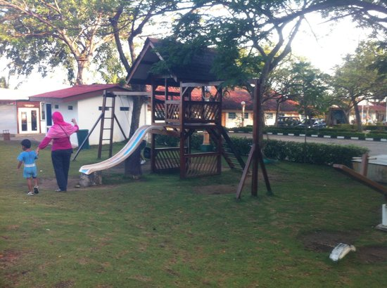 KTM Resort Batam:                   Kids Playground