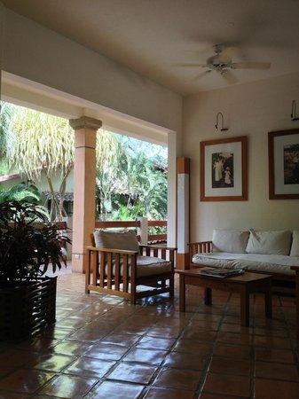 Hotel Capitan Suizo: Lobby