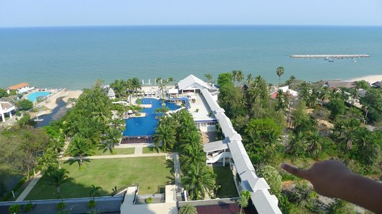 Novotel Hua Hin Cha Am Beach Resort and Spa:                   view from our 1507