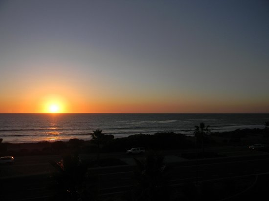 Cape Rey Carlsbad, a Hilton Resort: Sunset from our Room