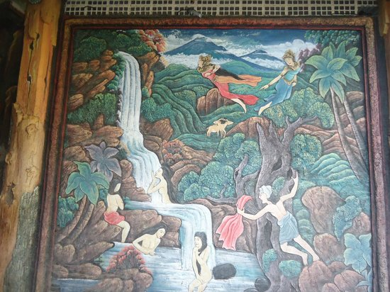 Wina Holiday Villa Hotel:                                     exotic murals