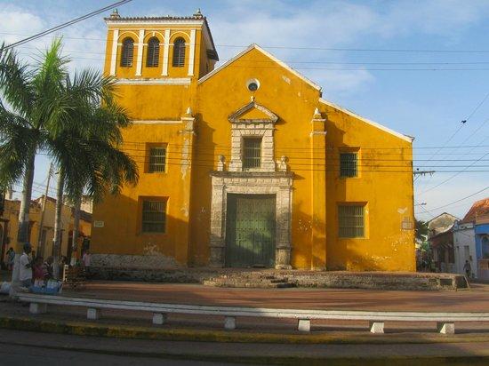 Alrededores iglesia sant sima trinidad picture of hotel casa de las palmas cartagena - Casa del mar las palmas ...