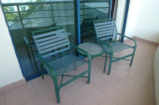 Swiss-Garden Beach Resort Kuantan: Two chairs + a table at the balcony