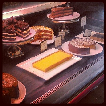 Kafe Kara: Delicious cakes all made in house