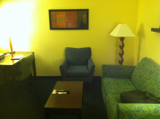 SpringHill Suites Richmond Northwest:                   Sitting Area