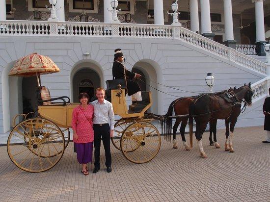 Taj Falaknuma Palace:                   Horse and carriage                 