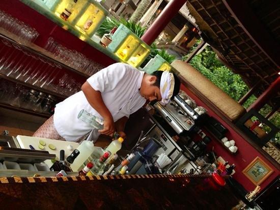Viceroy Bali: bar