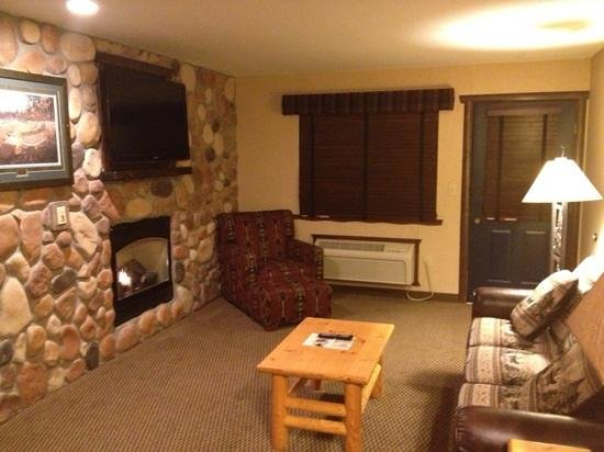 Stoney Creek Hotel & Conference Center  - Columbia : Anglers Cove Suite 276
