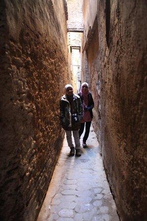 Riad Rcif:                   alleyways to riad