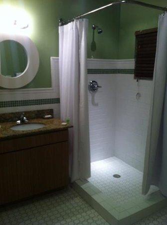 Lime Tree Bay Resort:                   nice big bathroom