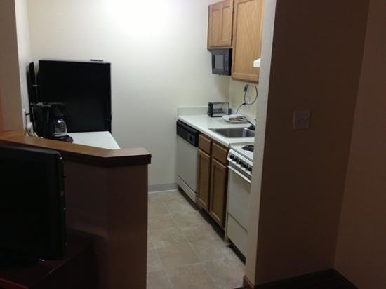 TownePlace Suites Atlanta Norcross/Peachtree Corners : kitchen