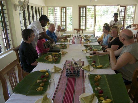 Dewalokam Farmstay Retreat:                                     Keralan Thalli lunch