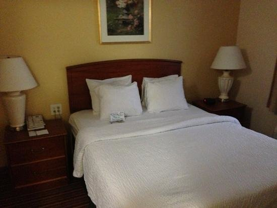 TownePlace Suites Atlanta Norcross/Peachtree Corners : bedroom