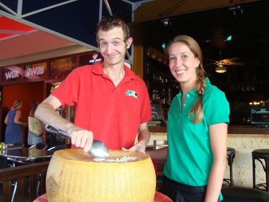 Da Vinci Ristorante Italiano:                   Cheese Wheel Spaghetti!