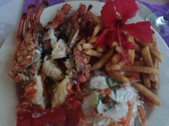 Amoa Resort:                   wow yummy lobster dinner