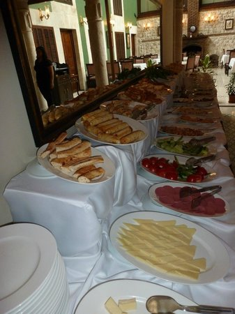 The Liwan Hotel: A great buffet