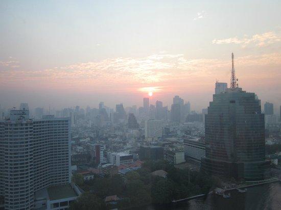 Millennium Hilton Bangkok:                   Room 2601