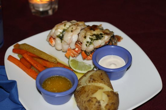 West Bay Lodge and Spa: Lobster dinner (also includes wine, salad & dessert)