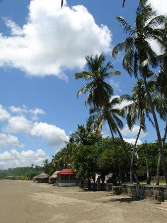 HC Joxi Hotel:                   The beach at San Juan del Sur, Nicaragua