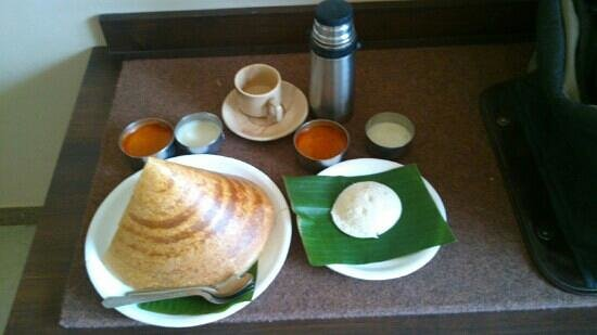 Hotel Suman Residency:                   delicious south Indian breakfast served at the hotel