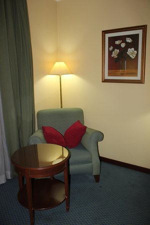 Lotte City Hotel Tashkent Palace:                   An armchair (very comfortable by the way)