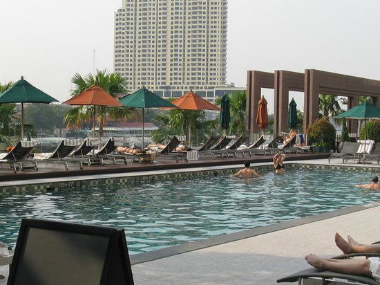 Royal Orchid Sheraton Hotel & Towers:                   Pool with River View