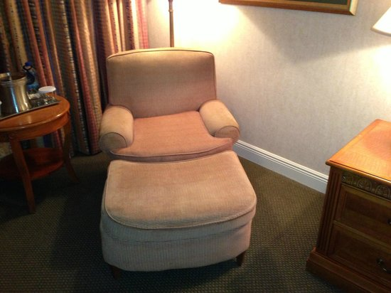 Hilton Tucson East: Lounge Chair