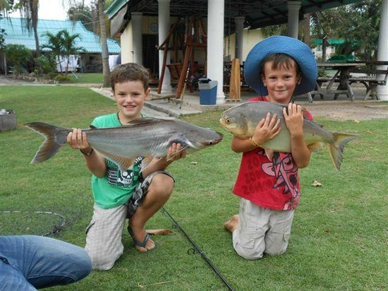 Hua Hin Fishing Lodge:                   Happy Kids!